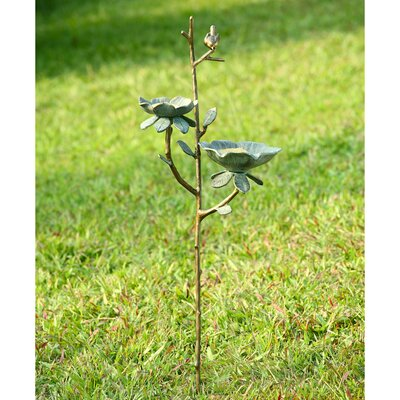 Gardenia Birdbath