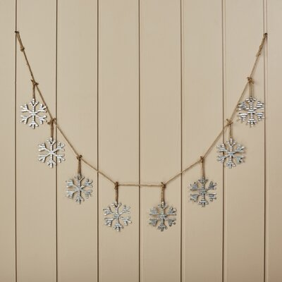 Snowflake Metal and Rope Garland