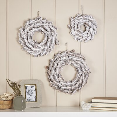Frosted Pinecone Small Wreaths