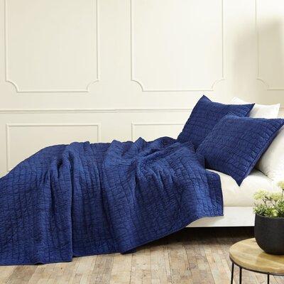 Rochelle Quilt Set Size: King, Color: Twilight Blue