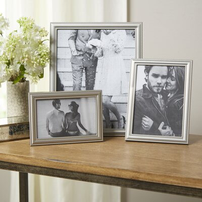 Abouet Picture Frame Size: 5 x 7