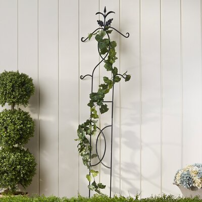 Twisting Vines Trellis