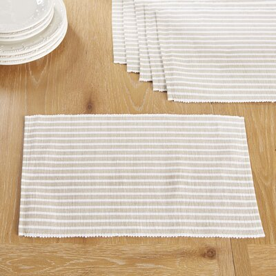 Huddersfield Placemats Color: Plaza Taupe