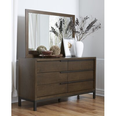 Ward 6 Drawer Dresser