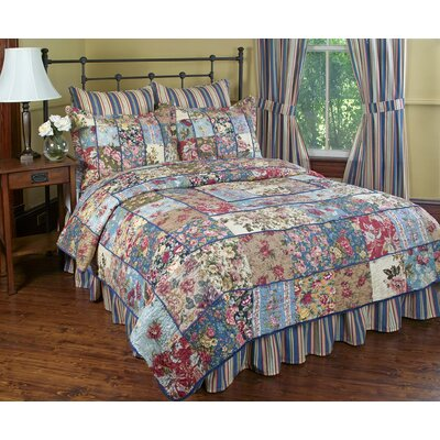 Kensington Garden Quilt Set Size: Full / Queen