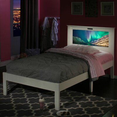 Montgomery Twin Platform Bed Finish: White