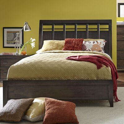 Giana Platform Bed Size: King