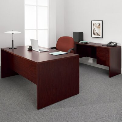 Genoa Executive Desk with Knee Space Finish: Figured Mahogany Product Picture 3407