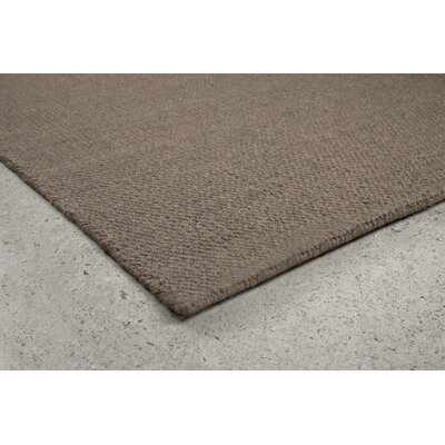 Crossweave Taupe Area Rug Rug Size: 5'2