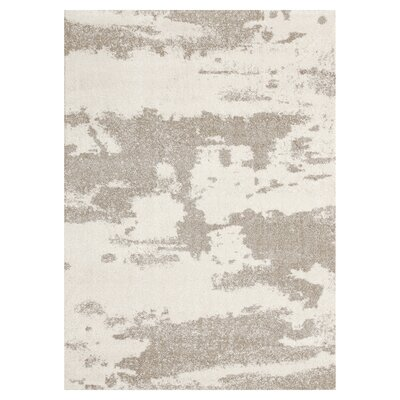 Halvar Rectangle Beige/Gray Area Rug Rug Size: 79 x 98
