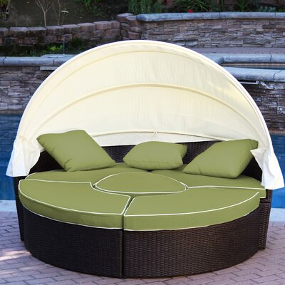 All-Weather 4 Piece Daybed Seating Group Set with Cushions Fabric: Green