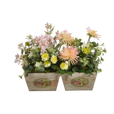 Floral Arrangement in Pot OPCO5272 43615010