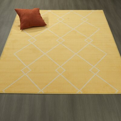 Heikkinen Diamond Trellis Yellow Area Rug Rug Size: 5' x 6'