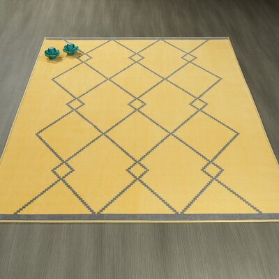 Heikkinen Diamond Trellis Gray/Yellow Area Rug Rug Size: 82 x 910