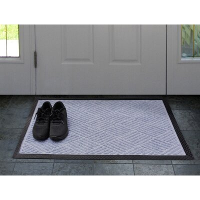 Carpeted Rubber Outdoor Doormat Color: Charcoal, Mat Size: Rectangle 1'6