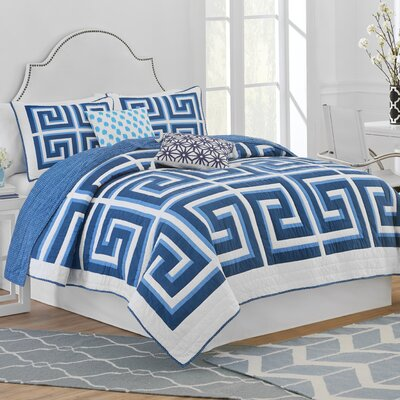 Greek Key Reversible Quilt Size: Full/Queen