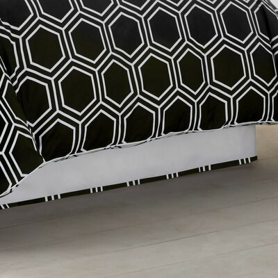 Hexagon 300 Thread Count Bed Skirt Size: Queen, Color: Black Onyx