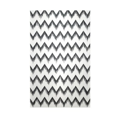 Decorative Chevron White/Black Area Rug Rug Size: 5 x 7