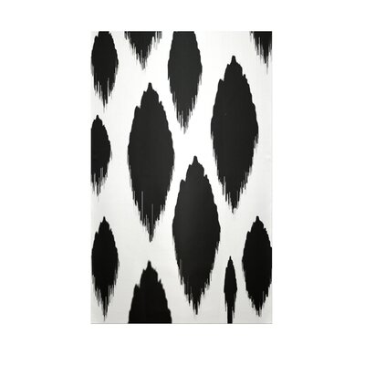 Ikat Black Indoor/Outdoor Area Rug Rug Size: 5 x 7