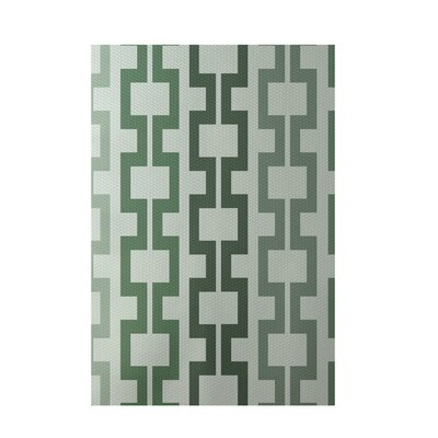 Geometric Green Indoor/Outdoor Area Rug Rug Size: 5 x 7