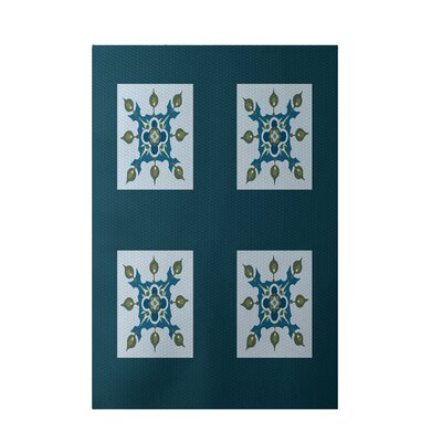 Geometric Light Blue Indoor/Outdoor Area Rug Rug Size: 5 x 7
