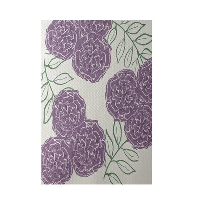 Floral Off White Indoor/Outdoor Area Rug Rug Size: 5 x 7