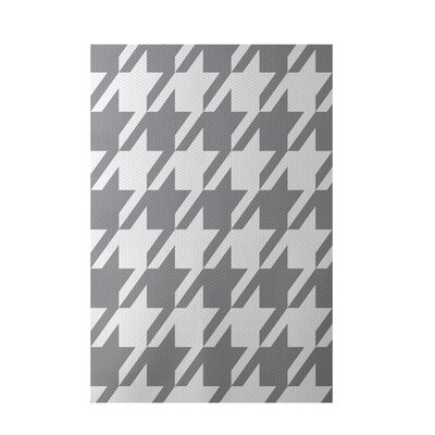 Geometric Gray Indoor/Outdoor Area Rug Rug Size: 5 x 7