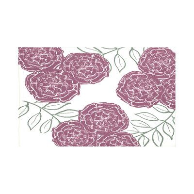 Mums The Word Floral Print Throw Blanket Size: 60 L x 50 W, Color: Passion Flower (Off White/Purple)