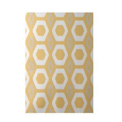 More Hugs and Kisses Geometric Print Yellow Indoor/Outdoor Area Rug Rug Size: 4 x 6