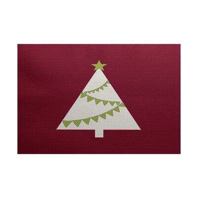 Christmass Tree Cranberry Indoor/Outdoor Area Rug Rug Size: 4 x 6