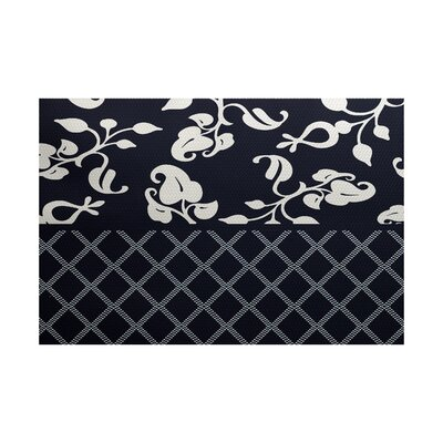 Fairdale Navy Blue Indoor/Outdoor Area Rug Rug Size: 4 x 6