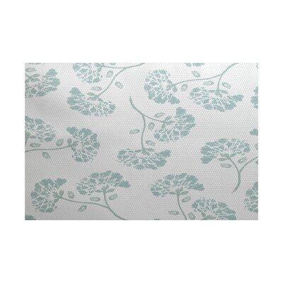 Neville Green Indoor/Outdoor Area Rug Rug Size: 4 x 6