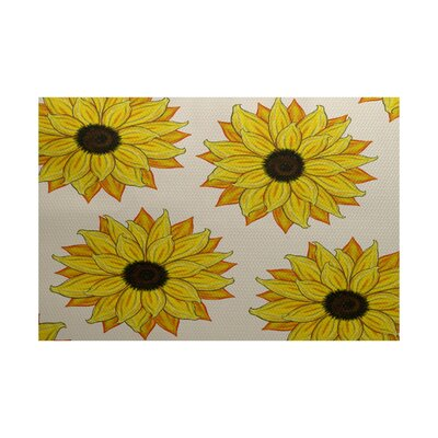 Laniel Sunflower Power Flower Print Yellow Indoor/Outdoor Area Rug Rug Size: 2 x 3