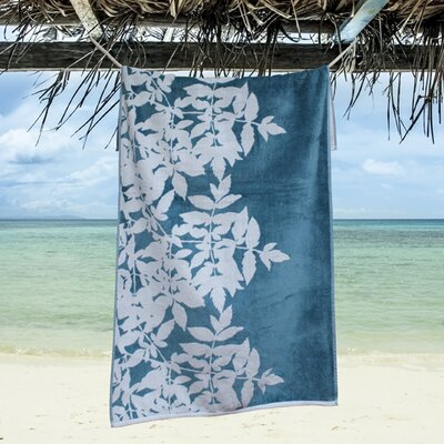 Ruusupuu Beach Towel