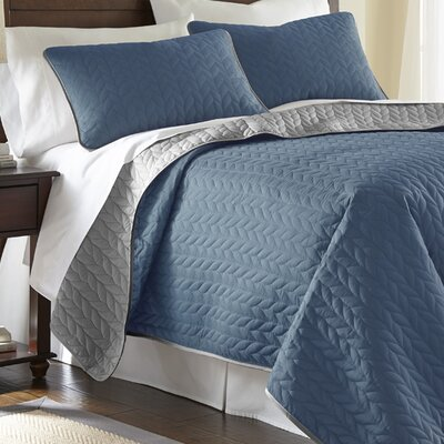 Carondelet 3 Piece Reversible Coverlet Set Size: Queen, Color: Denim / Silver
