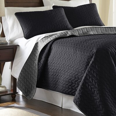 Carondelet 3 Piece Reversible Coverlet Set Size: Queen, Color: Black / Gray