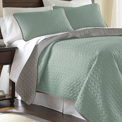 Carondelet 3 Piece Reversible Coverlet Set Size: King, Color: Jade / Atmosphere