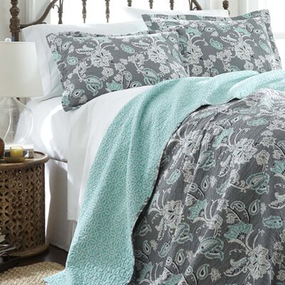 3 Piece Reversible Quilt Set Size: King, Color: Grey