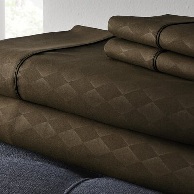 Kensington Hotel Diamond 3 Piece Embossed Sheet Set Size: Queen, Color: Chocolate