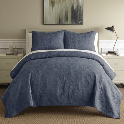 Auberkonos 3 Piece Reversible Quilt Set Size: Queen, Color: Indigo/White