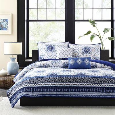 Cassy Coverlet Set Size: Full / Queen