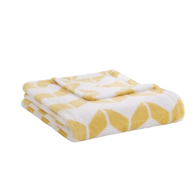 Chevron Plush Throw Color: Yellow / White