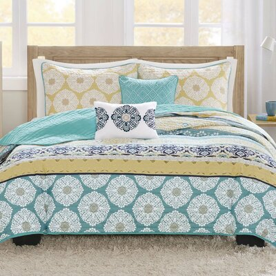 Bickford Coverlet Set Size: Full / Queen