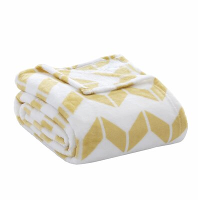 Chevron Plush Blanket Size: Full / Queen, Color: Yellow / White