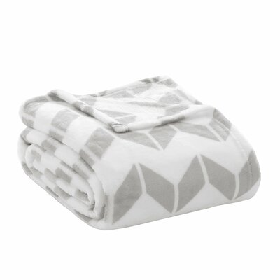 Chevron Plush Blanket Size: Full / Queen, Color: Grey / White