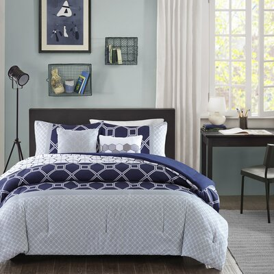 Clara Reversible Comforter Set Size: Full / Queen, Color: Navy