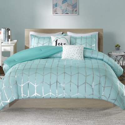 Carolan Comforter Set Size: King/California King, Color: Aqua