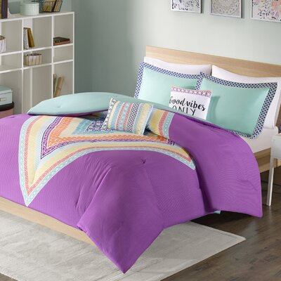 Kaitlin Comforter Set Size: Twin/Twin XL, Color: Green