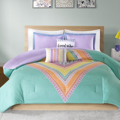 Kaitlin Comforter Set Size: Twin/Twin XL, Color: Purple