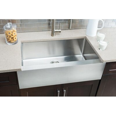 Flat-Apron 32.88 x 20.75 Single Bowl Farmhouse Kitchen Sink